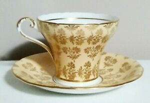 Aynsley-Tea-Cup-and-Saucer-Beige-w-Gold-Flowers-Bone-China-England