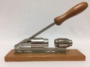 Vintage-Table-Top-Wood-amp-Steel-Adjustable-Nut-Cracker