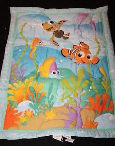 Disney Baby Nemo 4 piece Crib Bedding Set nwop