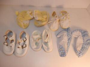 VINTAGE-LOT-OF-BABY-BOOTIES-SHOES-OR-FOR-COMPOSITION-DOLL-1950S-BLUE-YELLOW