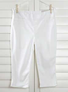 CHICO-039-S-NWT-75-Denim-No-Stain-Pull-On-Capri-Jeans-Pants-Alabaster-Size-1-US-8