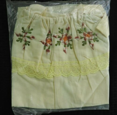 Vintage 80's Blouse Embroidery Hungarian Traditio… - image 1