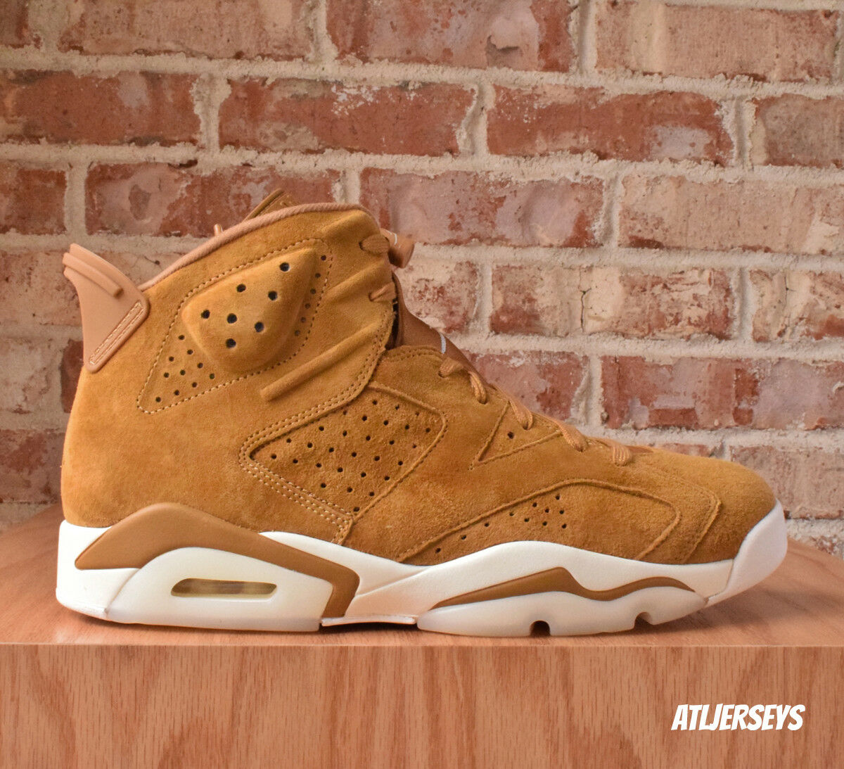 NEW DS Nike Air Jordan 6 VI Retro Wheat Golden Harvest 384664-705 Comfortable Wild casual shoes