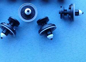 10x-Panneau-de-porte-clips-fixation-Colliers-Support-pour-Golf-V-Polo-2053-155
