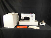 ELNA SU 64C Sewing Machine with Foot Pedal / Case, *Excellent*(390)
