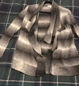 New-York-amp-Company-black-gray-open-front-sweater-Size-Xs