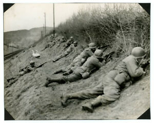 WWII-Signal-Corps-photo-U-S-7th-ARMY-411TH-INFANTRY-FIGHTING-ALSACE-FRANCE-1945
