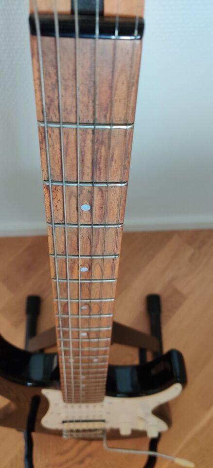 Elguitar, Yamaha EG 112