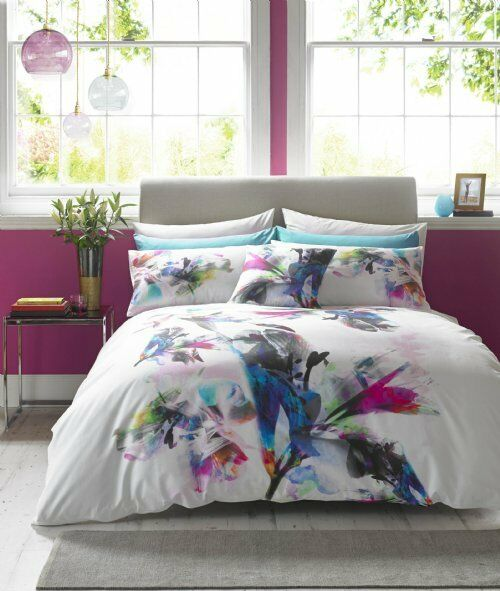 Lipsy Watercolour Lily Single Duvet Set (Contains duvet cover and 1 Pillowcase)