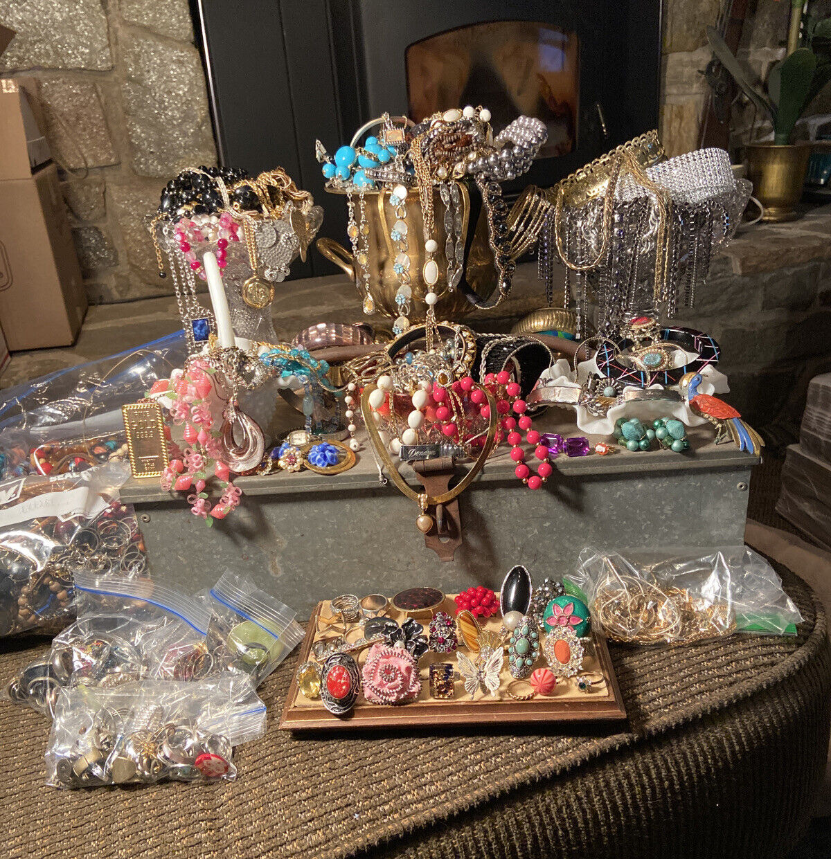 Craft Wear Resell Details about  /Lot Of Costume Jewelry 2-4LB Surprise Grab Bag; Vintage Now