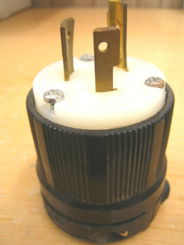 Cooper NEMA L7-20 Male Electrical Locking Plug 20 Amp 277 Volt