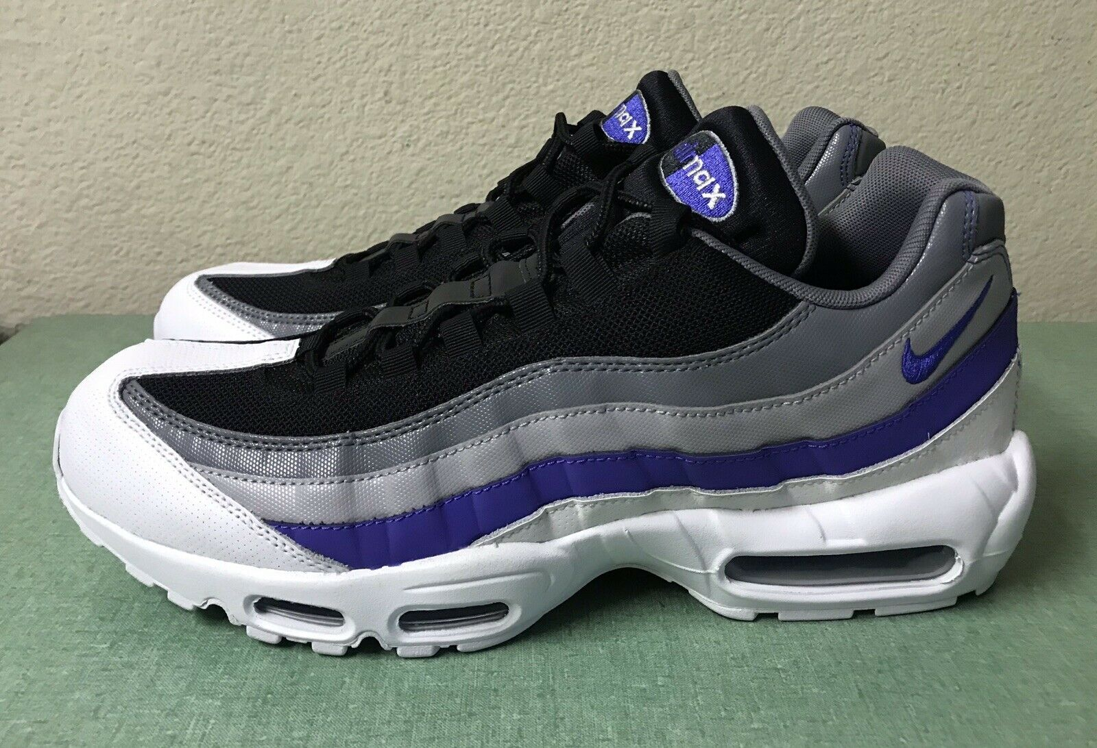 Nike Air Max 95 Essential White Persian purple Cool Grey Black Mens Sz 12 NEW