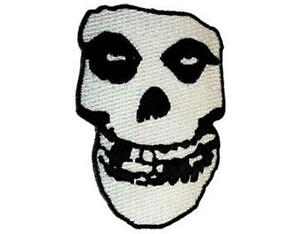 OFFICIAL-LICENSED-MISFITS-SHAPED-SKULL-IRON-ON-SEW-ON-PATCH-PUNK