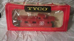 Santa-Fe-A-T-amp-S-F-Caboose-Car-7240-In-A-Red-HO-Train-Kit-From-Tyco-tr53
