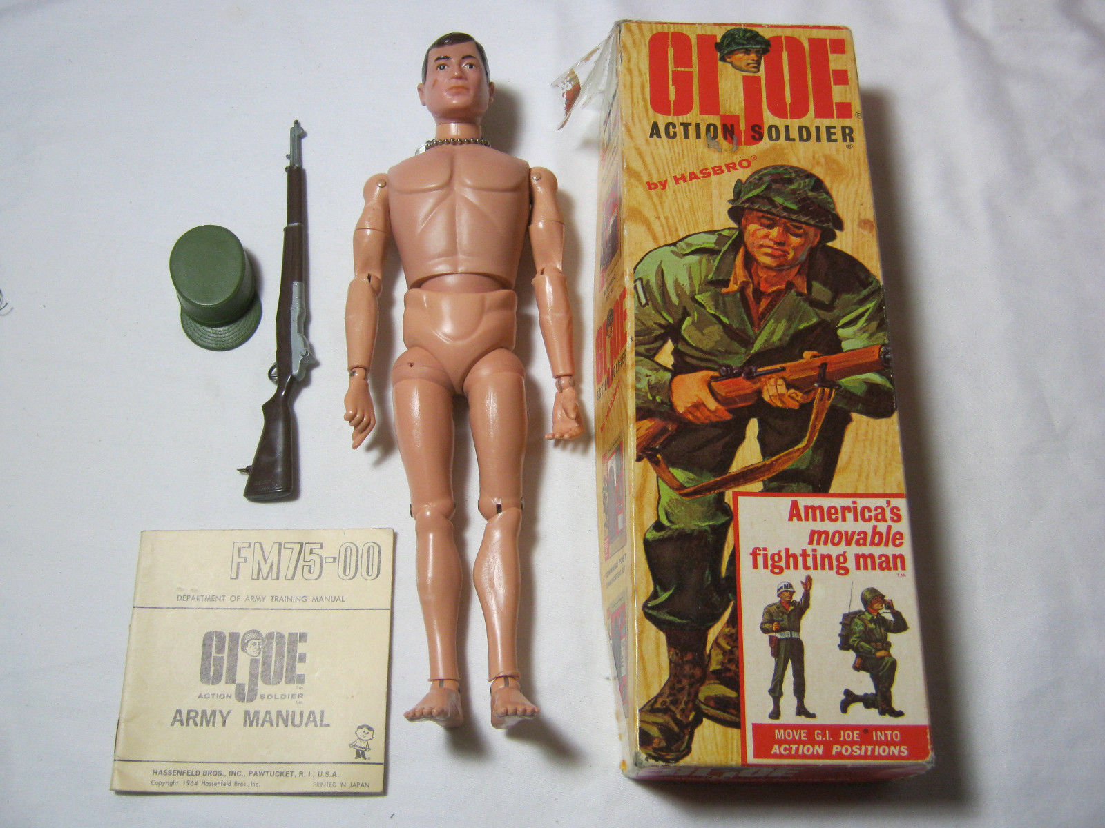 VINTAGE G.I. JOE ACTION SOLDIER BY HASBRO   T