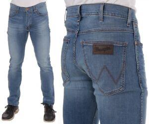 Wrangler-Herren-Jeanshose-Spencer-Slim-Straight-Blau-Fired-Up-W39-W38