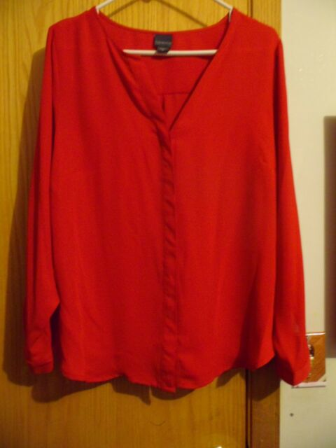 COVINGTON WOMAN TRUE RED BUTTON DOWN  LS POLYESTER BLOUSE TOP SIZE 1X
