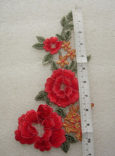 VT486 Red-tone Floral Leaf Lace Venise Applique Motif