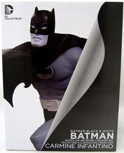 Batman By Carmine Statue Infantino 16 Cm Résine Noir & Blanc