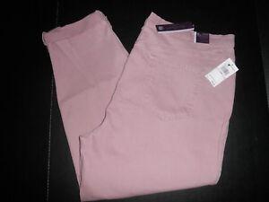 8077ef5e2febd NWT  52 Gloria Vanderbilt Amanda PLUS Size Ankle Roll-Up Jeans. 18W ...