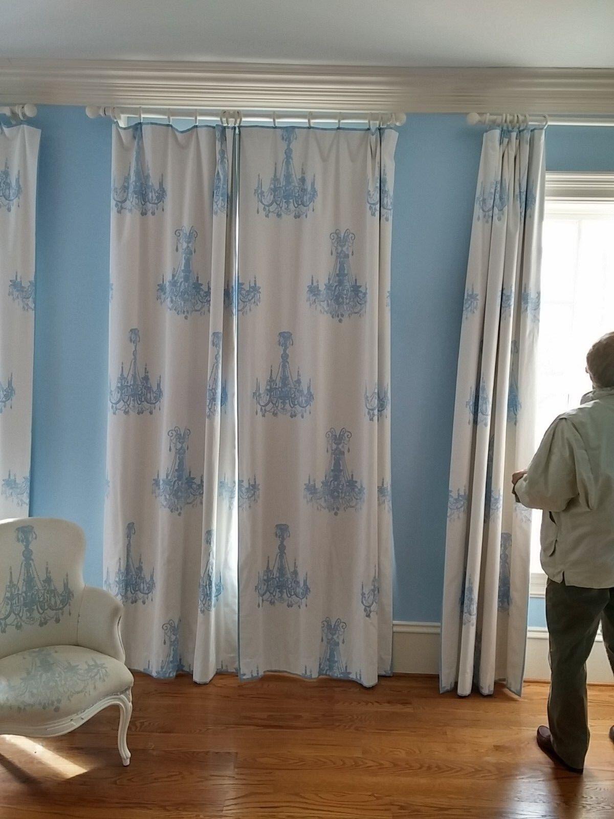 Andrew Martin Spangle Tela Cortinas paneles en Azul y blancoo Patrón De Araña