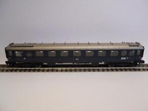 MINITRIX-Personenwagen-DB-2-Klasse-BELEUCHTET-36112