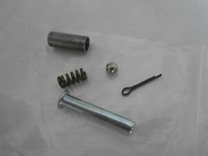 OEM Yamaha XT125 XT 125 Rear Footrest Fixing Kit 1D4-WF74B-00