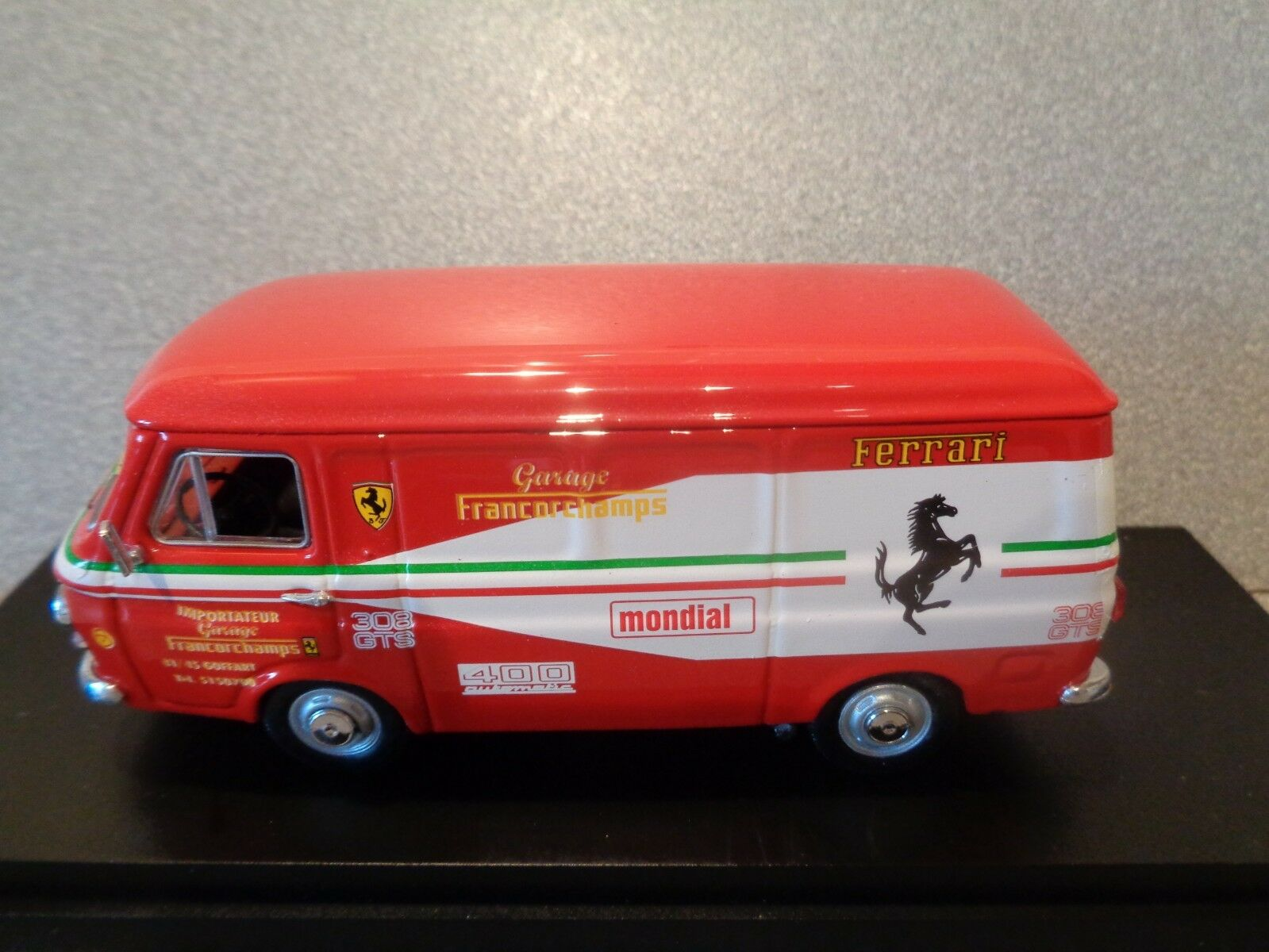 RIO 4242 1 43  1972 FIAT 238 GARAGE FRANCORCHAMPS  ..mint n boxed