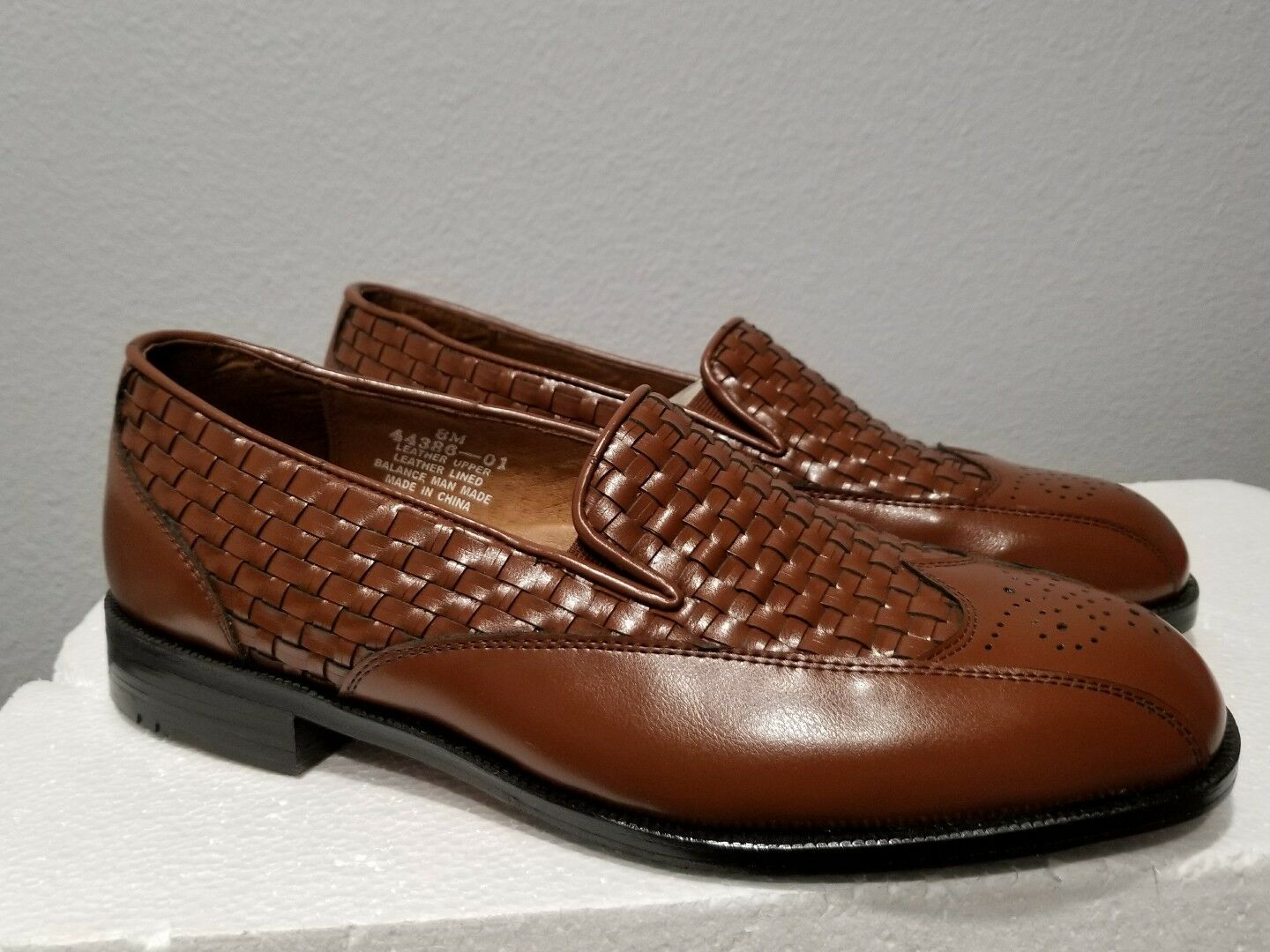 Botany 500 Men's Weave Loafers Leather Woven Dress shoes Size 8M 44386-01 New