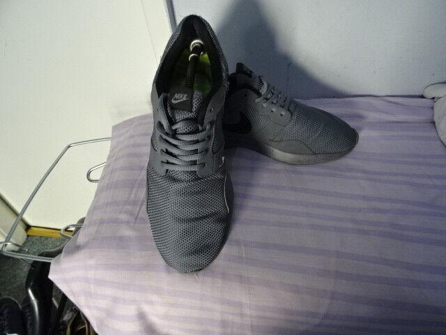 Nike Air men Grey/Black Sneakers, Sneakers, Grey/Black Sz Eu 43 Great Condition 91b399
