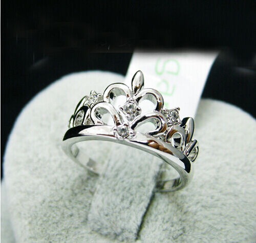 18K White Gold GP Swarovski Crystal Crown Princess Jewelry Ring BR198