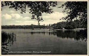Biesenthal-Mark-alte-Ansichtskarte-1930-40-Partie-am-See-Blick-zur-Badeanstalt