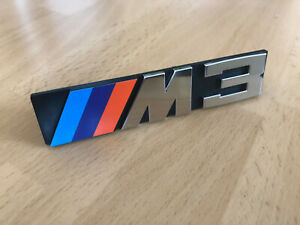 BMW-e30-NOS-M3-Emblem-Zeichen-original-M-technik-M3-e28-e21-318is-325i-oldtimer