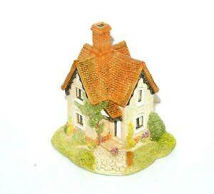 Lilliput-Lane-Gamekeepers-Cottage-Special-Edition-handmade-UK-Box