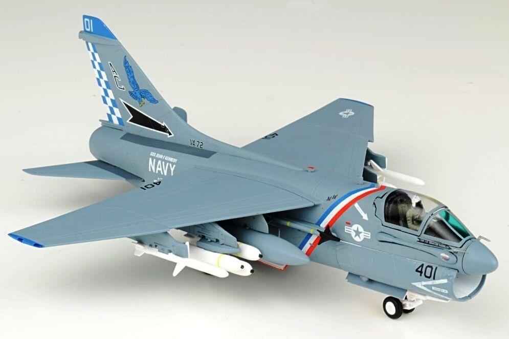 JC Wings JCW72A7001 1 72 A-7E Corsair II VA-72 - bleu Hawks USS JFK CV-67 1991