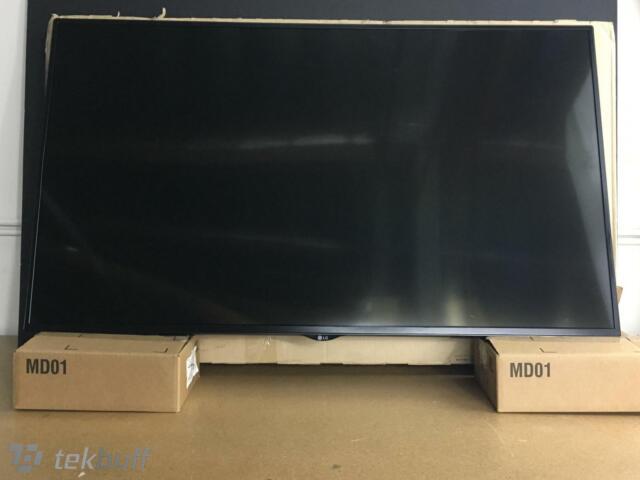 "LG Electronics 32SM5KC-B 32/"" Commercial LED-Lit TV Monitor"