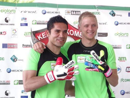 Futbol New RINAT EGOTIKO 2.0 SPINE GOALIE SOCCER GLOVE Size 10 Goalkeeper