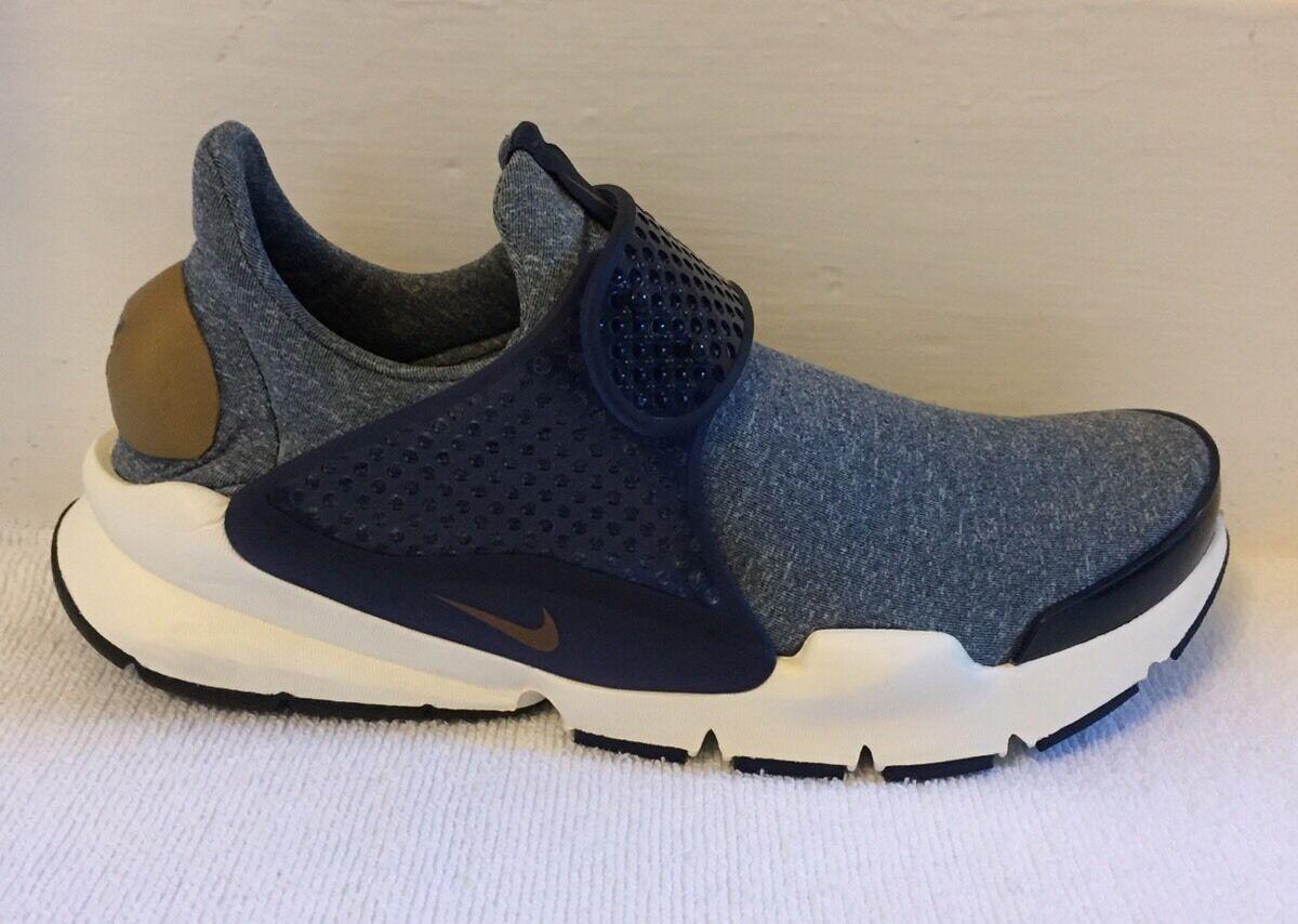 Nike SOCK Dart se Taglia 5.5 (UK) NUOVO CON SCATOLA