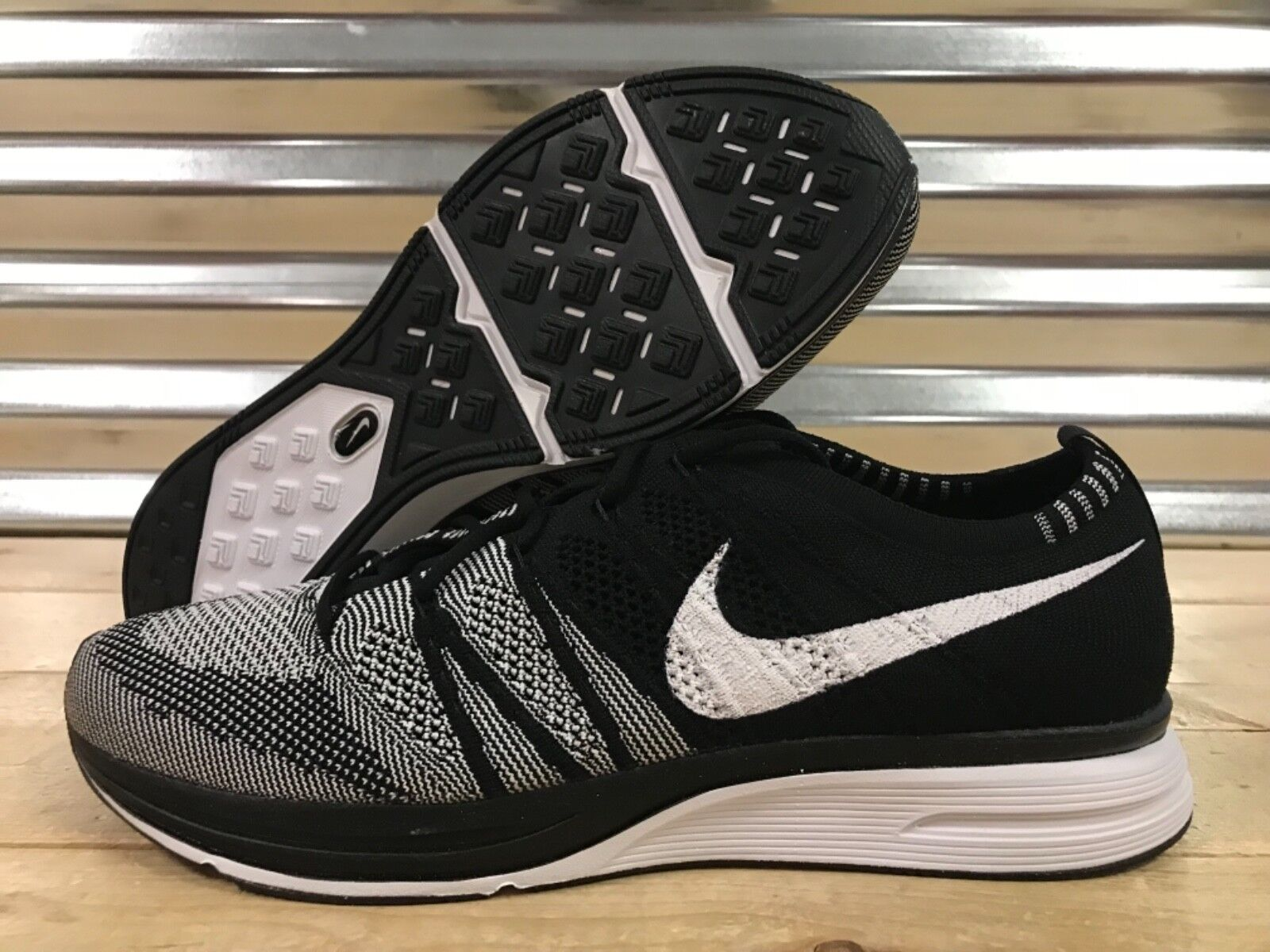 Nike Flyknit Trainer shoes Oreo Black White Cookies SZ ( AH8396-005 )