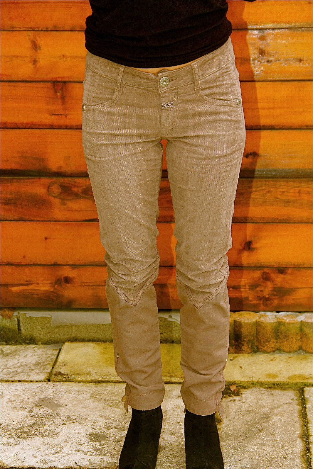 Pantalon velours camel M&F GIRBAUD tiagageddon T 31 (40-42)  NEUF ÉTIQUETTE