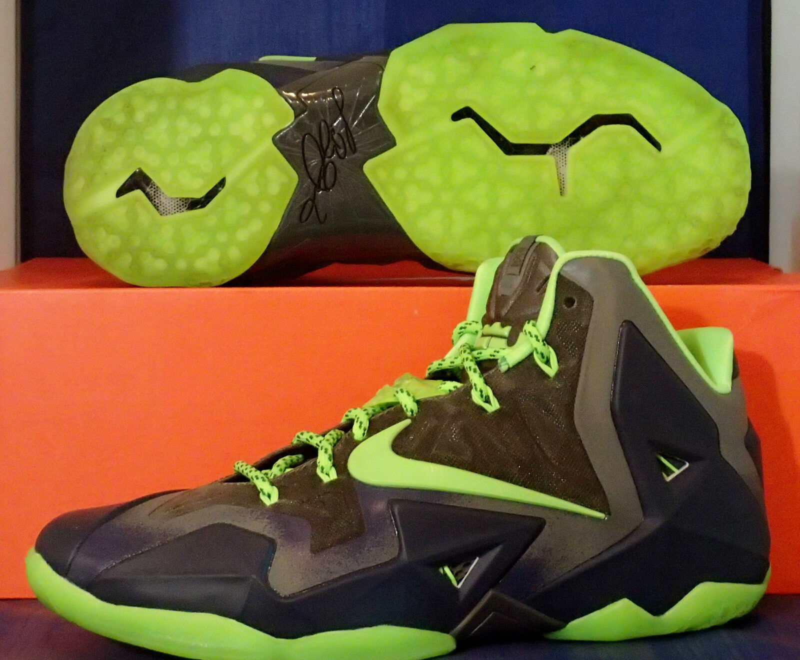 Nike Lebron XI 11 iD Seattle Seahawks Navy Dark Grey Lime SZ 10 ( 641217-991 )