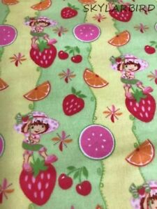 2004-Vtg-Strawberry-Shortcakes-Fruits-Cotton-Flannel-Fabric-BTY