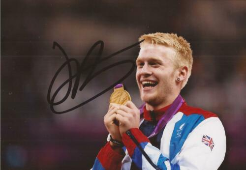 ATHLETICS JOHNNIE PEACOCK MBE SIGNED 6x4 LONDON 2012 GOLD MEDAL PHOTO+COA
