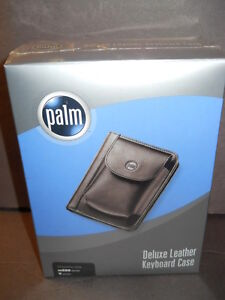 PALM DELUXE BLACK LEATHER KEYBOARD CASE m500 V SERIES FACTORY SEALED NIB NEW