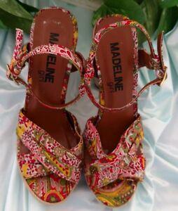 Madeline-Girl-Sz-6-5M-034-Sand-Castle-034-Tropical-Print-high-heel-sandal-Summery-Fun