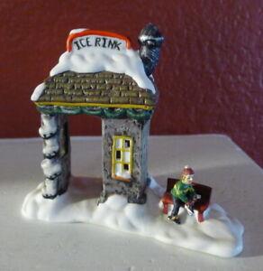 Grandeur-Noel-Ice-Rink-and-Bench-Victorian-Christmas-Village-2001-Miniature