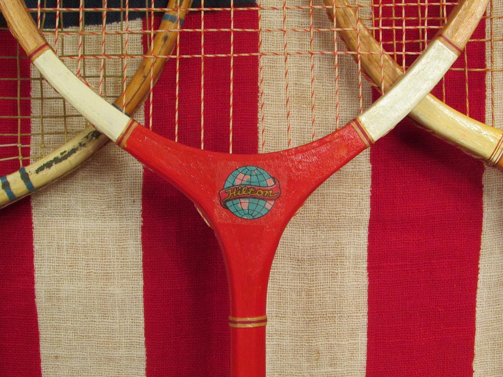Vintage Holz Badminton Badminton Badminton Schläger 3 Slazenger Hilton Signature Antik Wand Dekor d89588