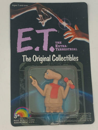 HOLDING PHONE E.T THE EXTRA TERRESTRIAL THE ORIGINAL COLLECTIBLES