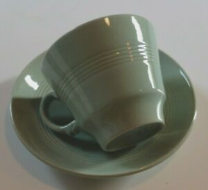 VINTAGE-WOODS-WARE-BERYL-TEA-CUP-AND-MATCHING-SAUCER