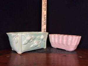 Brush-McCoy-Planters-Lot-of-Two-Green-Pink-Pastel-Made-in-USA-401-27-6